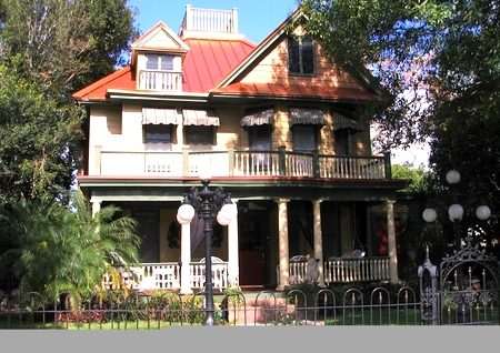 Lavelle Bed and Breakfast St. Petersburg Florida