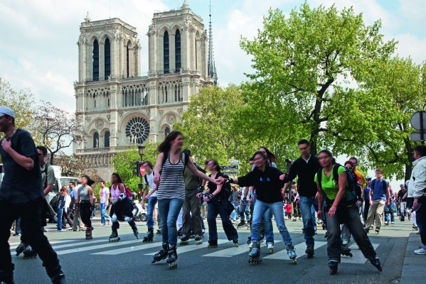 Roller Blading Tour in Paris