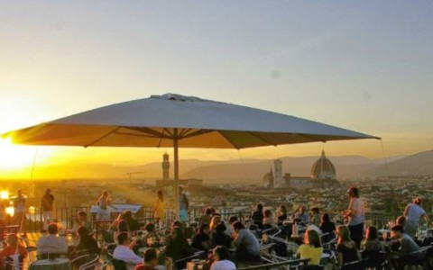 Wonderfully Romantic Rooftop Restaurants and Bars in Florence