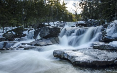 9 Spectacular Easy-To-Find New England Waterfalls