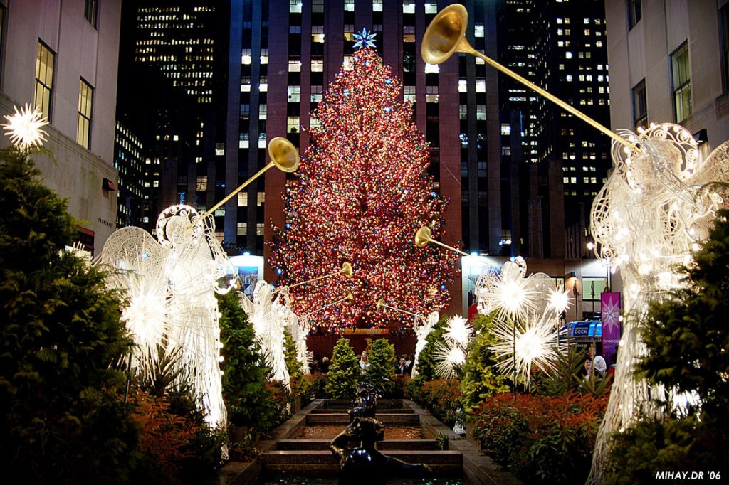 best destinations for christmas magic in usa | wicked good