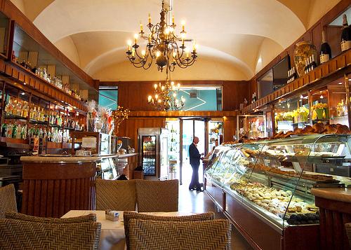 Pasticceria-confetteria Cova Milan