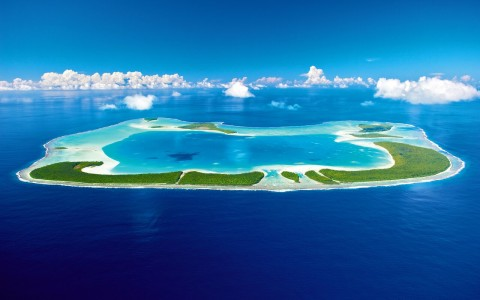 World's Most Glamorous Celebrity Owned Resorts – Vacation Like A Superstar!