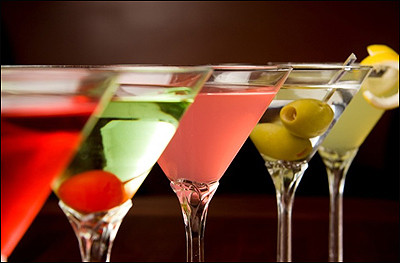 12 Lip-Smaking Summer Martini Recipes From America's Top Bartenders