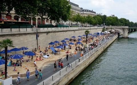 Fun Urban Beaches Pop Up in Cities Across The Globe