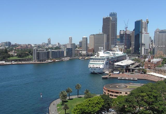 Sydney Harbor Cruise Ship