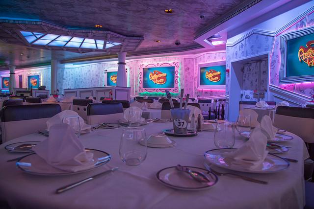Disney Cruise Ship Diningroom