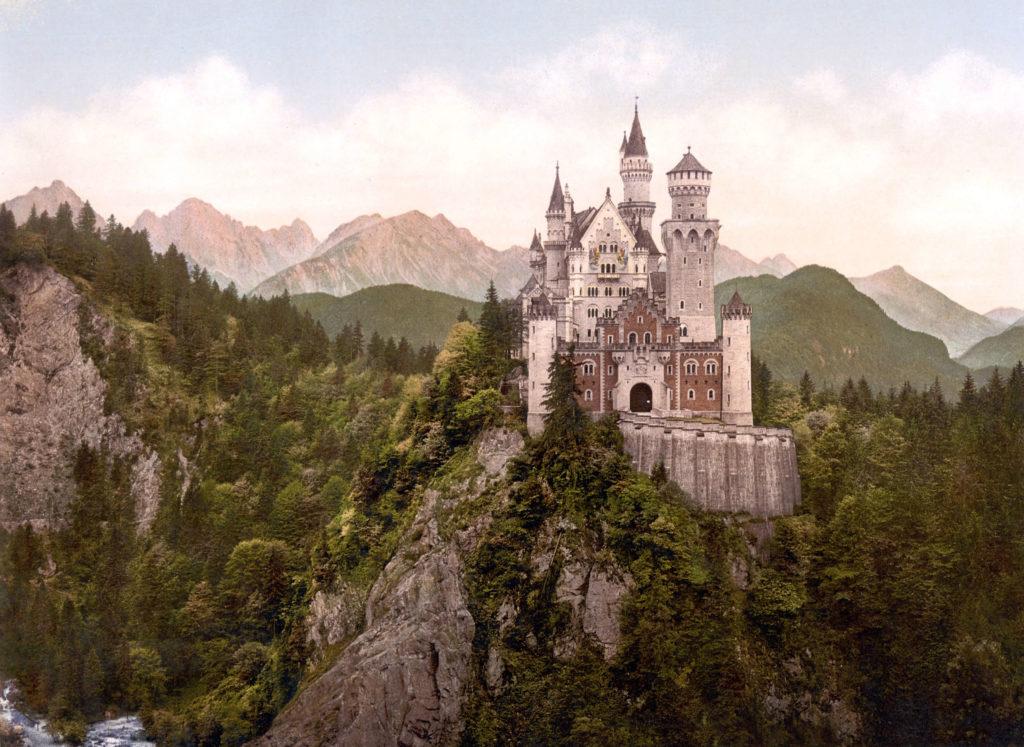 neuschwanstein-epic-adventure-spots-germany