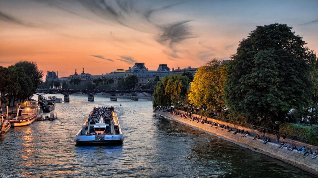 Paris sightseeing boat