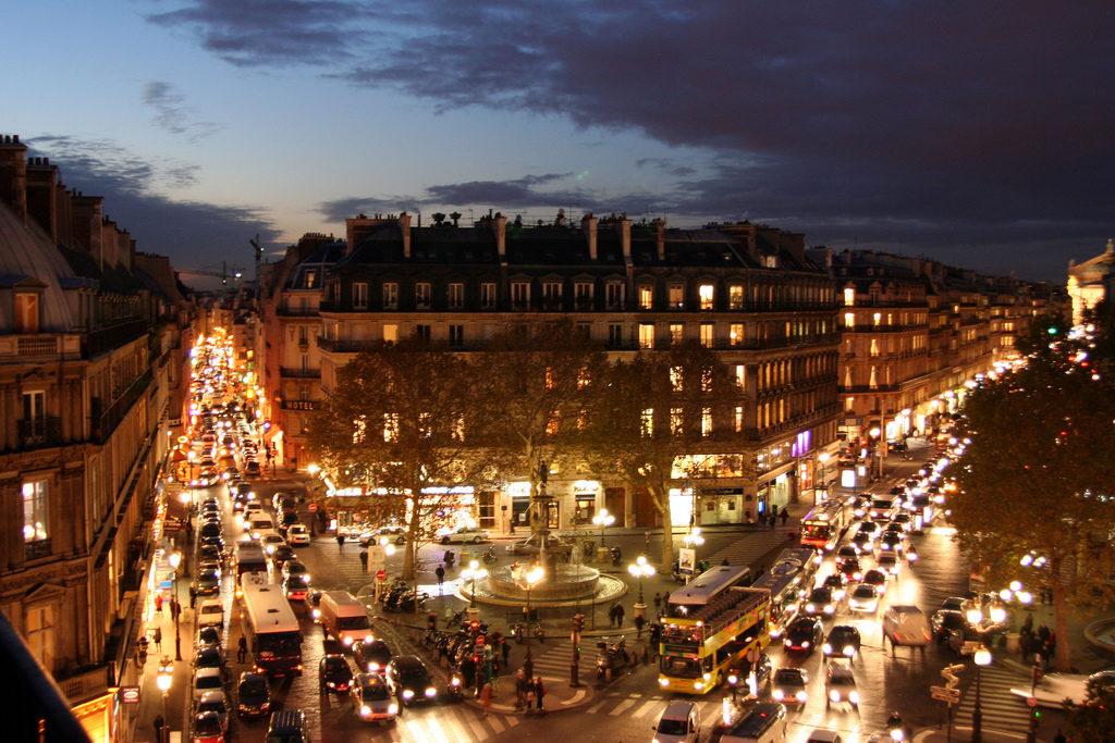 Paris Nightime traffic