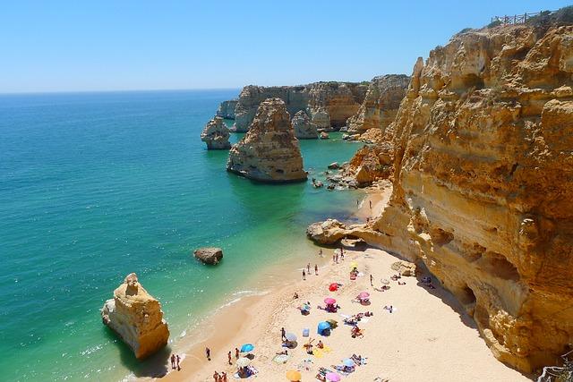 Praia de Marinha Lagoa Algarve