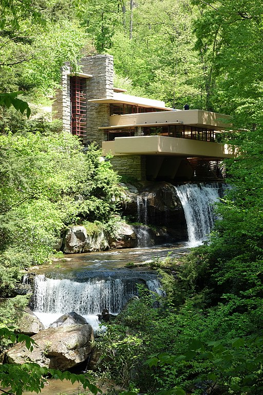 Fallingwater by Frank Lloyd Wright PA / by Daderot