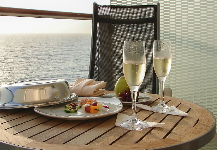 Small Ship Cruising Advantages
