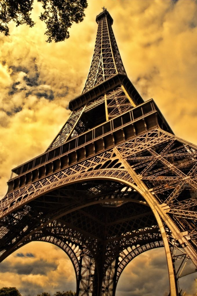 7 Key Things You Should Know Before Visiting the Eiffel Tower