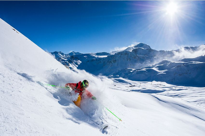 Adventure Skiing in France
