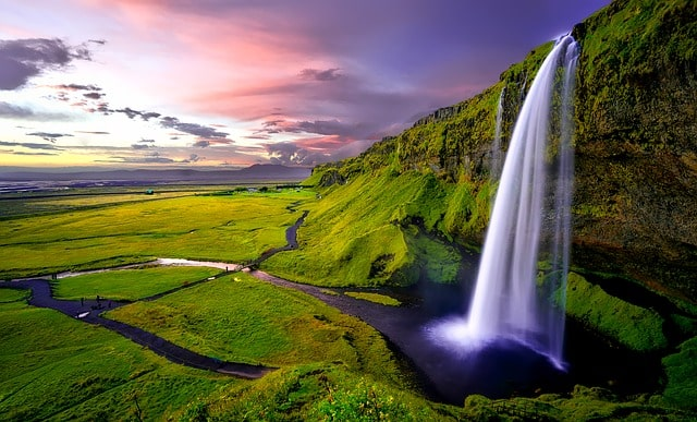 Iceland Seljalandsfoss Waterfall