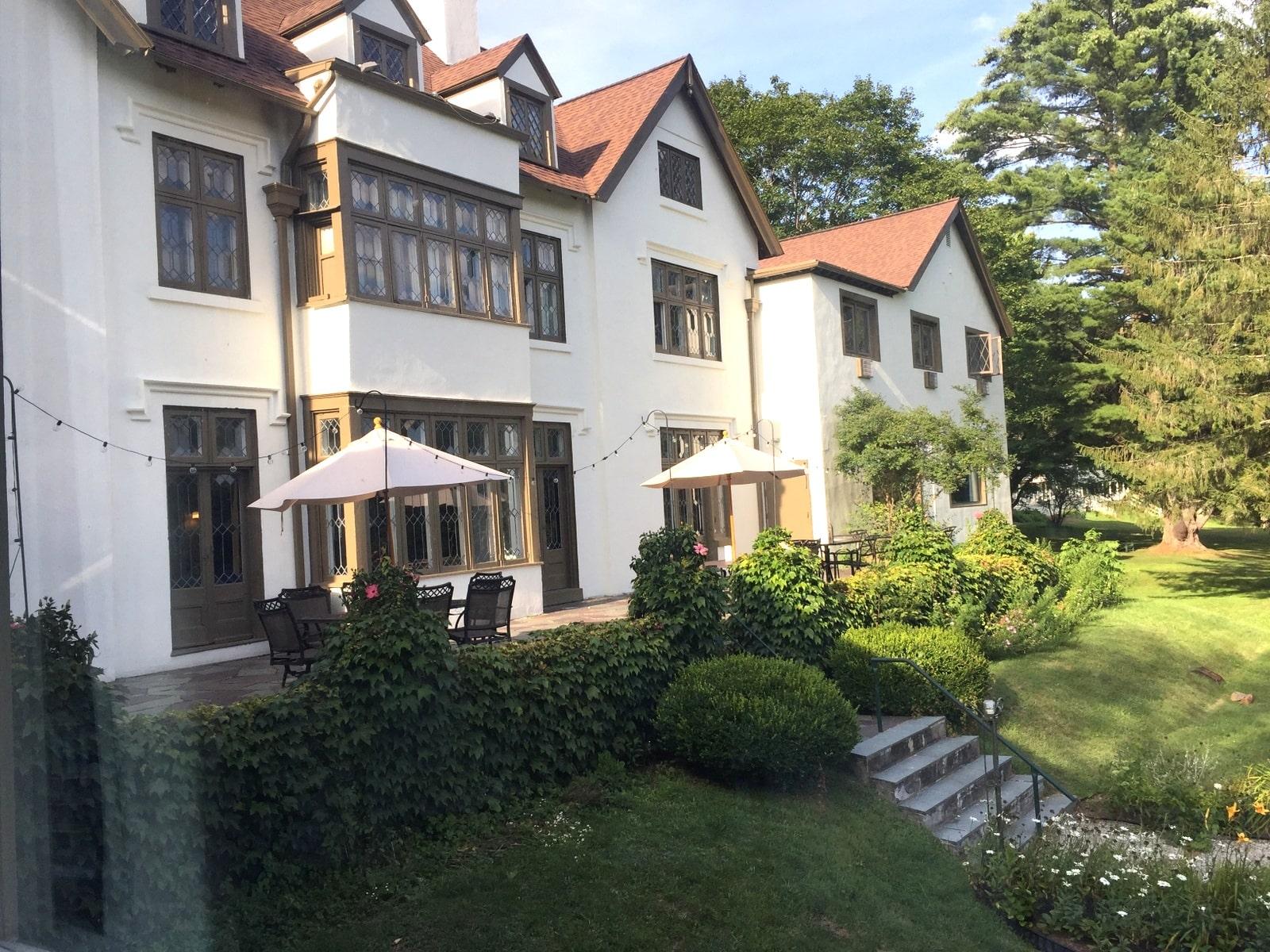 Seven Hills Inn Terrace