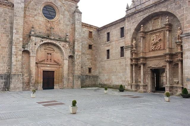 La Roija Spain Architecture