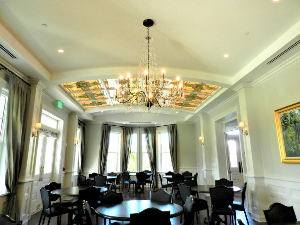Tiffany Room Belleview Inn