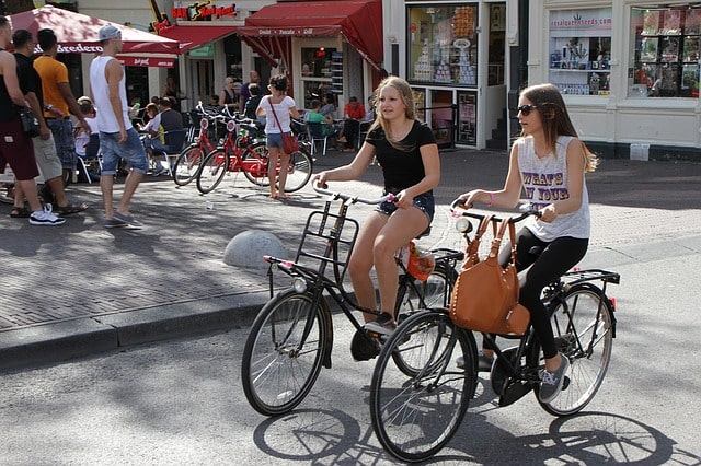 Amsterdam Cycling Guide