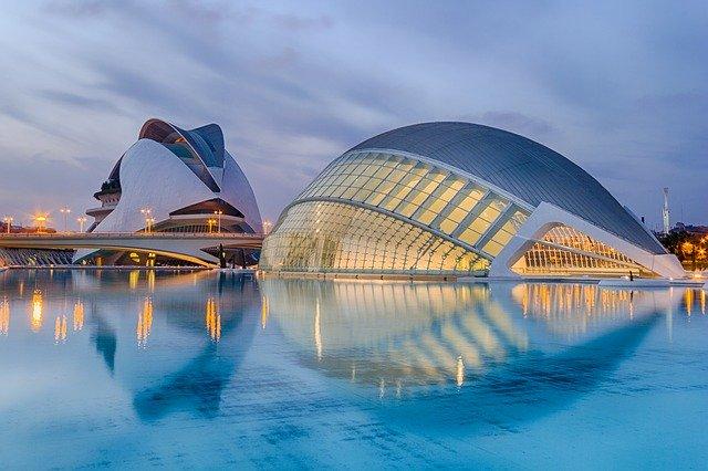 Valencia Travel Tips