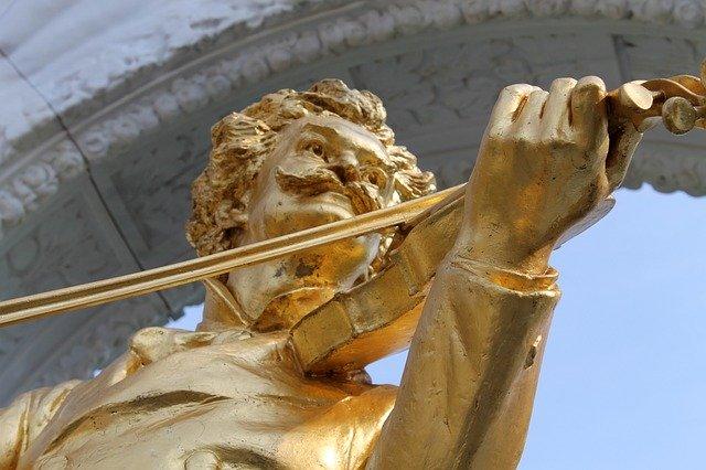 Johann Strauss Statue Vienna