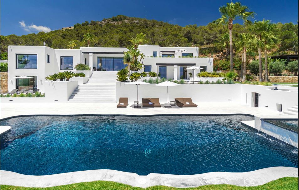 Villa Rentals Ibiza