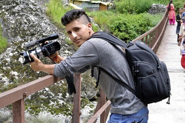 Travel Vlogger Tips