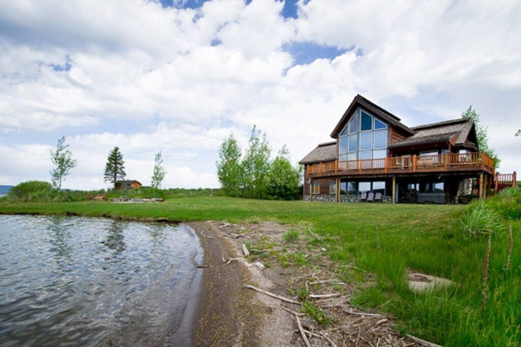 South Shores Lake House Vacation Rental