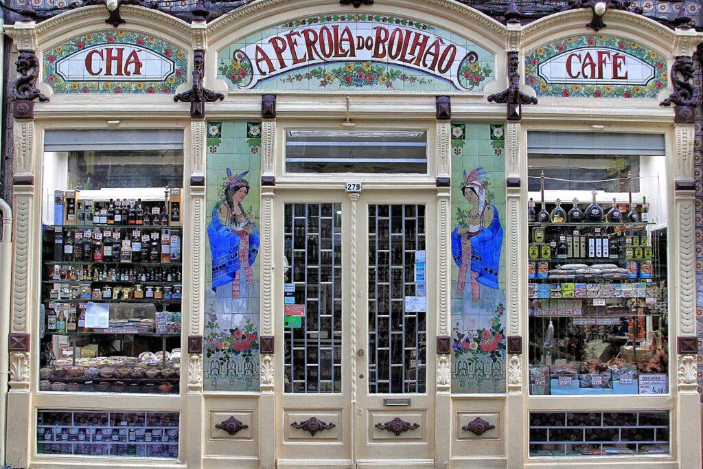 Shopping in Porto